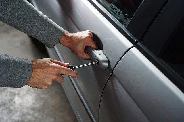 Automotive Locksmith To Unlock Car With No Damage